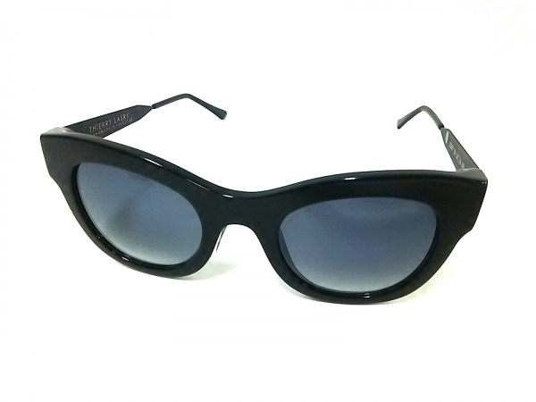 Thierry lasry(ティエリーラスリー) サングラス LEGGY 700 黒 プラスチック×金属素材