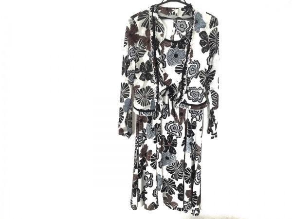 ヒロココシノ ワンピースセットアップ レディース美品  アイボリー×黒×マルチ 花柄