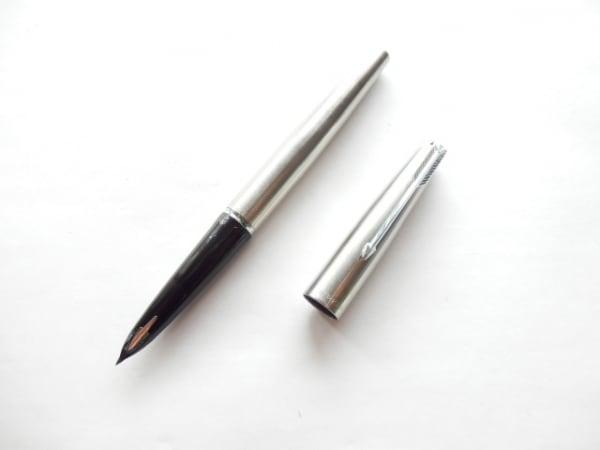 PARKER(パーカー) 万年筆美品  シルバー インクなし 金属素材