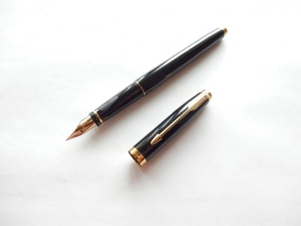 PARKER(パーカー) 万年筆新品同様  黒×ゴールド インクなし/ペン先14K