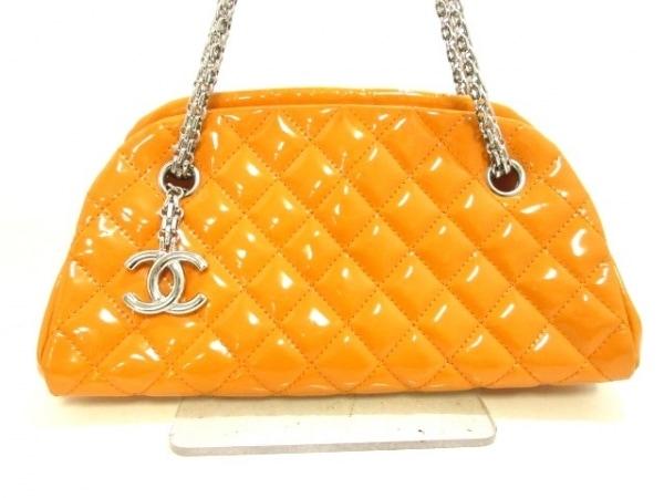 CHANEL(シャネル) ショルダーバッグ美品  マドモアゼルボーリングバッグ オレンジ