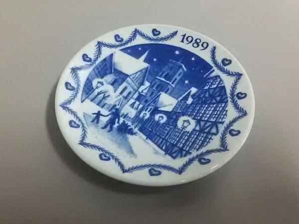 ロイヤルコペンハーゲン 小物美品  白×ネイビー 1989ミニプレート 陶器