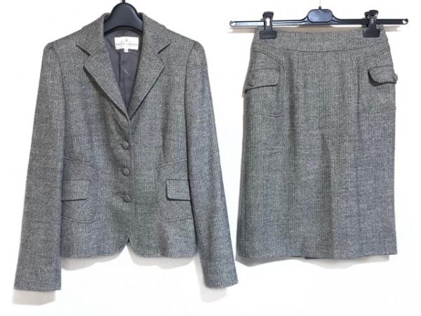 トゥルートラサルディ スカートスーツ サイズ36 S レディース美品  アイボリー×黒