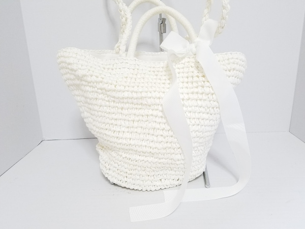 Bilitis(ビリティス) ショルダーバッグ美品  白 2way 紙類×化学繊維