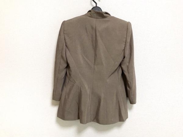 アルマーニコレッツォーニ ジャケット サイズ40 M レディース美品  ベージュ