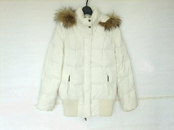 ヴァンドゥ オクトーブル ダウンジャケット サイズ38 M レディース アイボリー 冬物