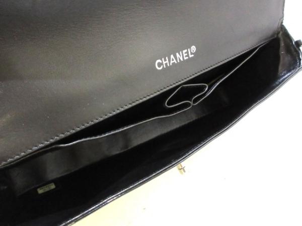 CHANEL(シャネル) ショルダーバッグ チョコバー/カメリア 黒 エナメル(レザー)