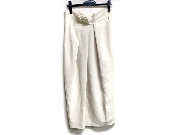AKIRA NAKA(アキラナカ) ロングスカート サイズ38 M レディース アイボリー