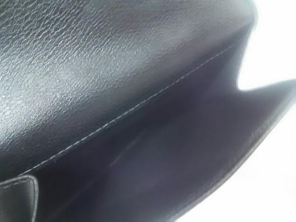LOEWE(ロエベ) 2つ折り財布美品  - 118.30.A54 黒×ゴールド レザー