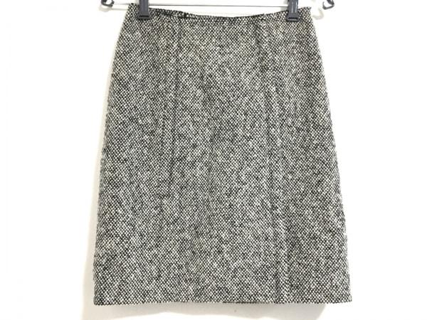 PRADA(プラダ) 巻きスカート サイズ40 M レディース美品  黒×白