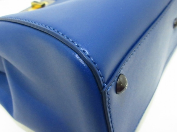 FENDI(フェンディ) ハンドバッグ美品  ピーカブー 8BN226 ブルー レザー