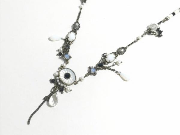Les Nereides(レネレイド) ネックレス 金属素材×ラインストーン×フェイクパール