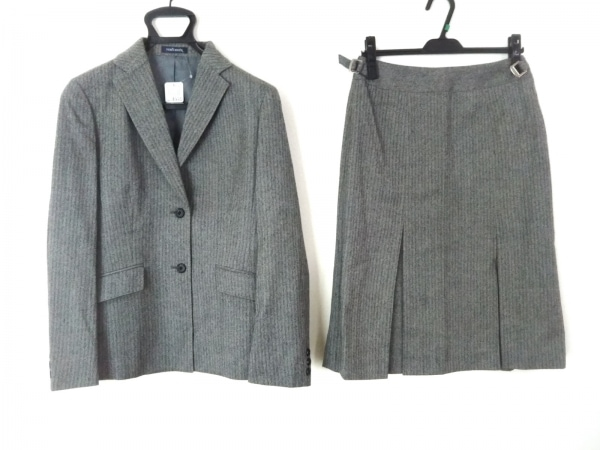 NEW YORKER(ニューヨーカー) スカートスーツ レディース美品  グレー×ダークグレー