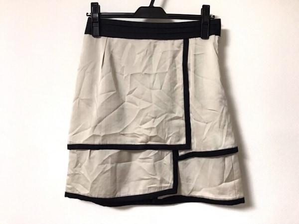 ボディドレッシングデラックス スカート サイズ38 M レディース美品  ベージュ×黒
