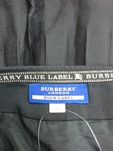 バーバリーブルーレーベル スカート サイズ38 M レディース新品同様  黒 プリーツ