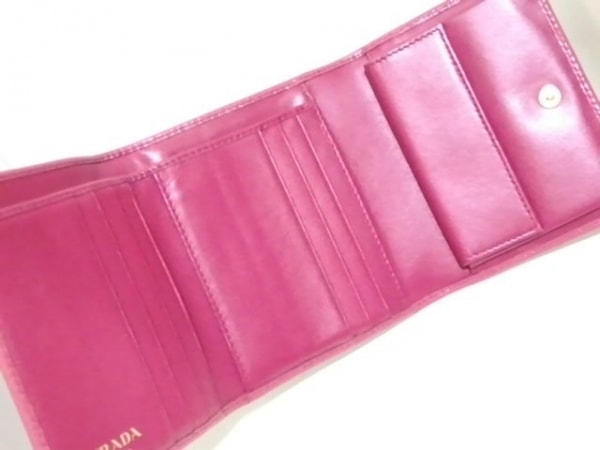 PRADA(プラダ) 3つ折り財布 - 1MH176 ピンク レザー 3