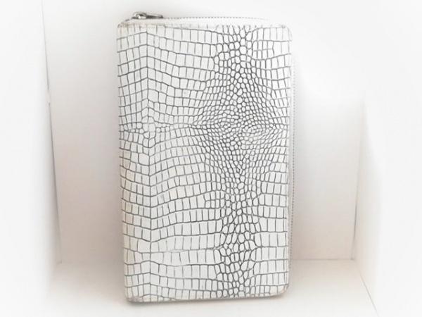 コムデギャルソン 財布 アイボリー ラウンドファスナー/型押し加工 レザー