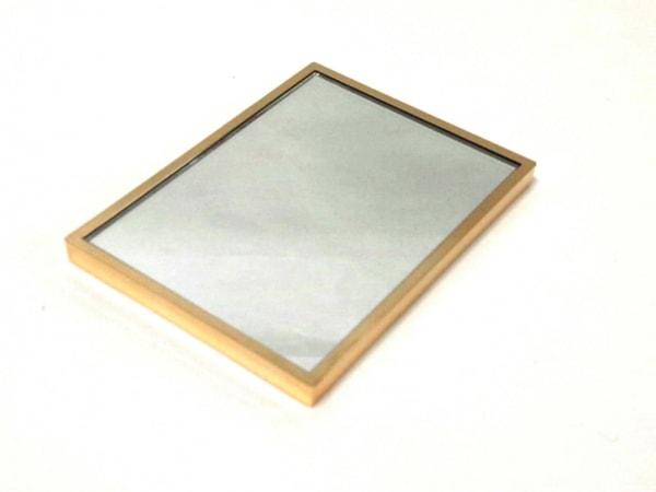 YvesSaintLaurent(イヴサンローラン) ミラー美品  ゴールド 金属素材×ガラス