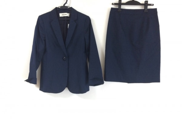 pierre cardin(ピエールカルダン) スカートスーツ サイズ40 M レディース ネイビー