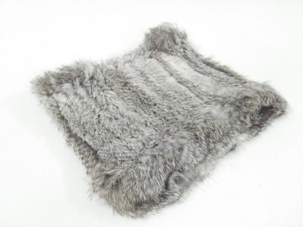 yves salomon(イヴサロモン) マフラー美品  - - ブラウン×白 スヌード/accessoires