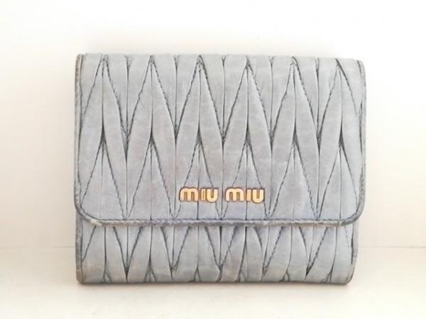 miumiu(ミュウミュウ) Wホック財布 ギャザーウォレット 5MH523 ライトブルー レザー