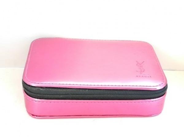 YvesSaintLaurent(イヴサンローラン) 小物入れ ピンク BEAUTE /ミラー付 ポリウレタン