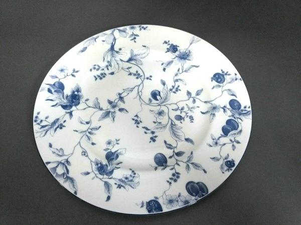 WEDG WOOD(ウェッジウッド) プレート新品同様  BLUE PLUM 白×ネイビー 花柄 陶器