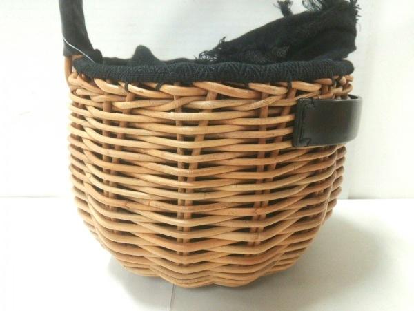 エバゴス ハンドバッグ美品  - - ライトブラウン×黒 かごバッグ ラタン×レザー