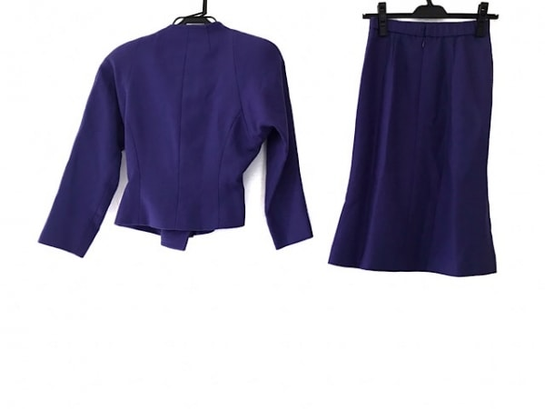 JUN ASHIDA(ジュンアシダ) スカートスーツ サイズ7 S レディース美品  パープル