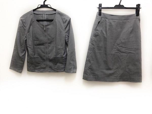 ru(アールユー) スカートスーツ サイズM レディース美品  グレー