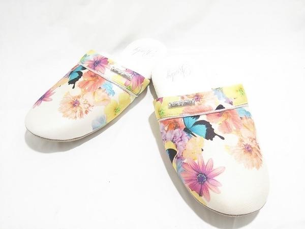 Rady(レディ) 靴 F レディース美品  白×ベージュ×マルチ 花柄 ポリエステル