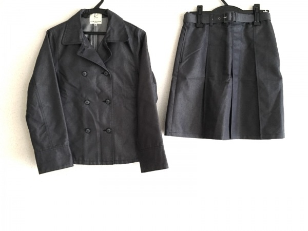 クミキョク スカートスーツ サイズTL レディース新品同様  ダークネイビー プリーツ