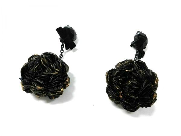 MARNI(マルニ) イヤリング 金属素材×化学繊維 黒 フラワー/リボン 1
