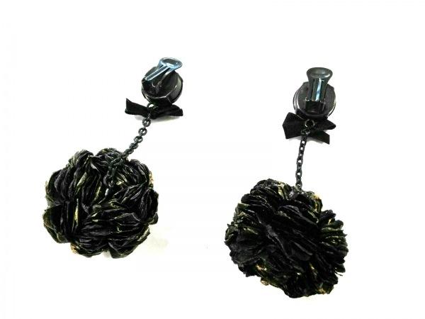 MARNI(マルニ) イヤリング 金属素材×化学繊維 黒 フラワー/リボン 2