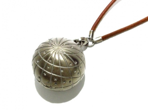 HERMES(エルメス) ネックレス ゾディアック 金属素材×レザー シルバー×ブラウン