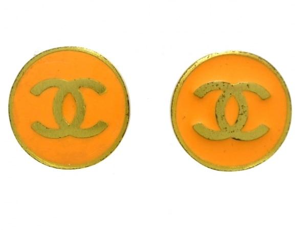 CHANEL(シャネル) イヤリング 金属素材 オレンジ×ゴールド ココマーク