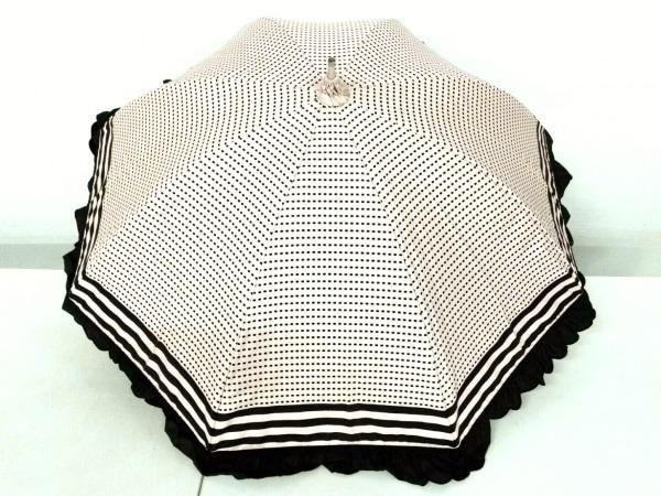 TO BE CHIC(トゥービーシック) 日傘 ピンクベージュ×黒 ドット柄/フリル 化学繊維