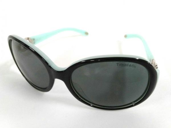 TIFFANY&Co.(ティファニー) サングラス TF4028 黒×ライトブルー プラスチック