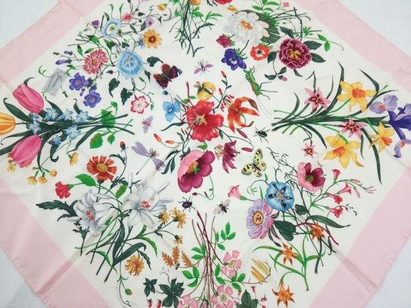 GUCCI(グッチ) スカーフ ピンク×アイボリー×マルチ 花柄