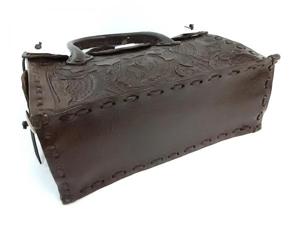 カービングトライブス ハンドバッグ ダークブラウン 型押し加工 レザー