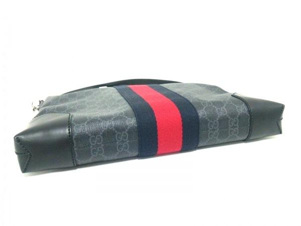 グッチ ショルダーバッグ美品  GGスプリーム キャンバス メッセンジャーバッグ 474139