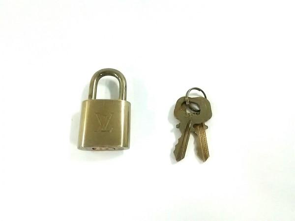 LOUIS VUITTON(ルイヴィトン) 小物 パドロック R10000 ゴールド パドロック 真鍮