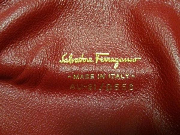 サルバトーレフェラガモ ハンドバッグ美品  ジュリエット/ガンチーニ 21D658 ボルドー