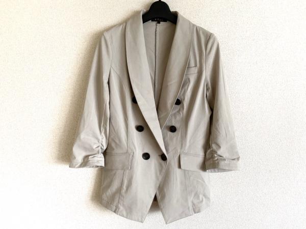 ReFLEcT(リフレクト) ジャケット サイズ9 M レディース美品  ベージュ