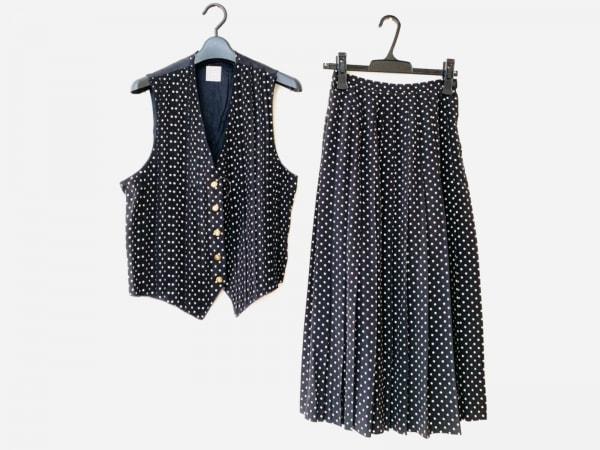 KANEKO ISAO(カネコイサオ) スカートセットアップ レディース 黒×アイボリー