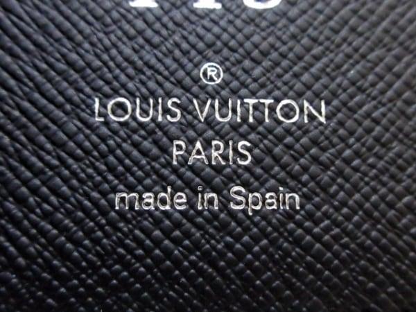 ルイヴィトン 長財布 エピ ポルトフォイユ・ブラザ M60622 ノワール イニシャル刻印
