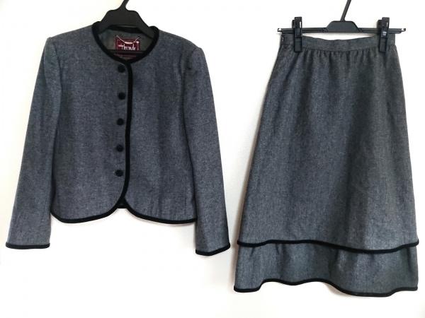 MADAM JOCONDE(マダムジョコンダ) スカートスーツ レディース グレー×黒 肩パッド