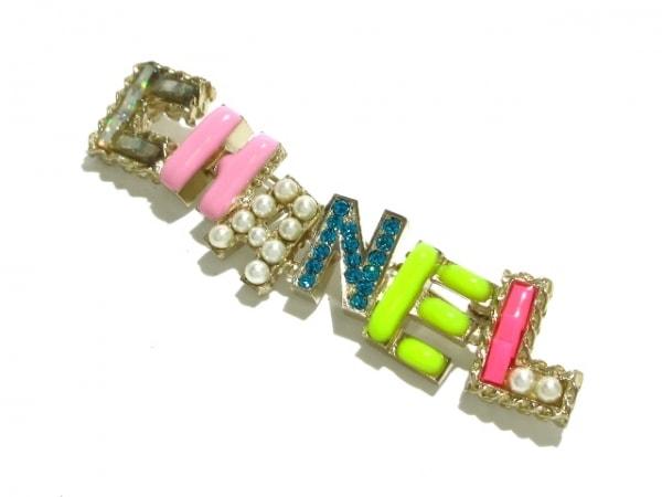 CHANEL(シャネル) ブローチ美品  金属素材×ラインストーン×フェイクパール