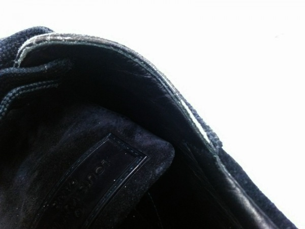 LOUIS VUITTON(ルイヴィトン) スニーカー 9.5 メンズ - 黒 スエード