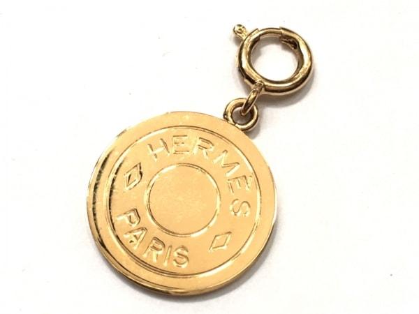 HERMES(エルメス) ペンダントトップ美品  セリエ 金属素材 ゴールド